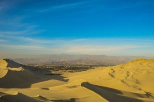 Huacachina - The desert close to the coast in southern Perú