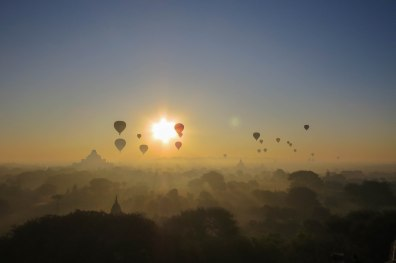 Bagan - Sunrise over the plains of Bagan. I am sure a hot air balloon ride in that setting is a great experience but I didn't have the spare 350$.